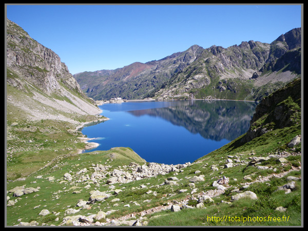 http://totalphotos.free.fr/galleries/Localisation/France/Midi_Pyrenees/Hautes_Pyrenees/Lac_d_Artouste/IMGP0617.jpg